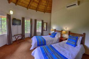 accommodation near pafuri gate